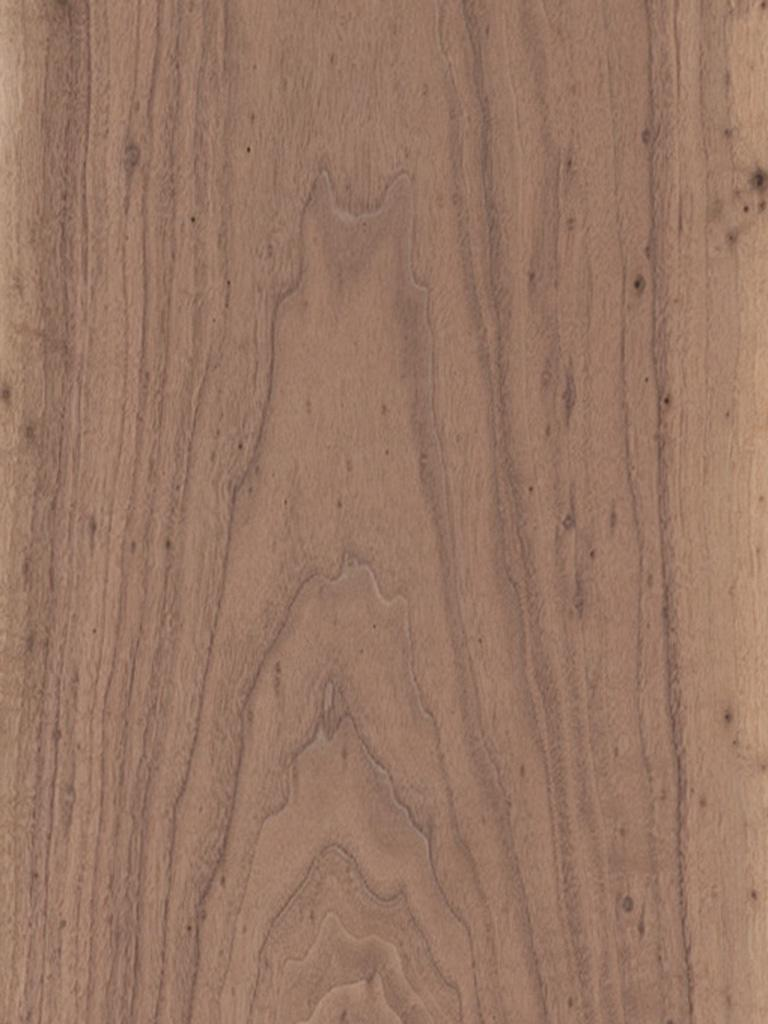 Walnut Rustic Pippy  Dooge Veneers