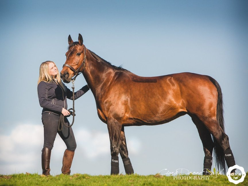 A photo shoot in Cheshire with Katie and her Dutch Warmblood Mare