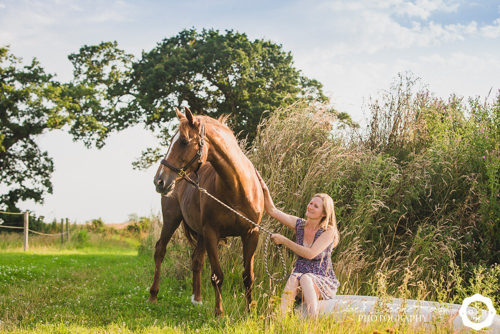a summer equine photo shoot