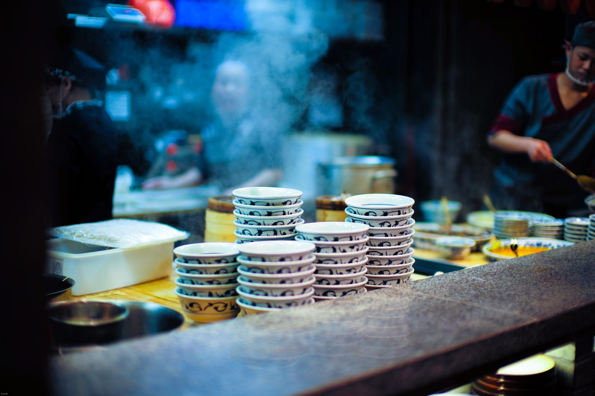 Dishes piled up at a restaurant