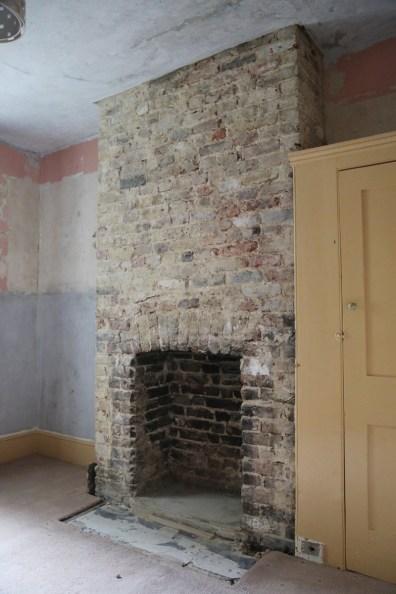 150104-Fireplace-1700pm