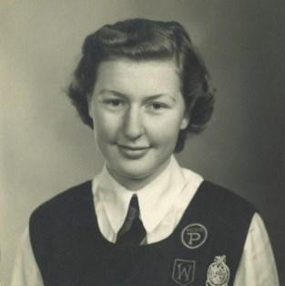1951-liz-schooluniform