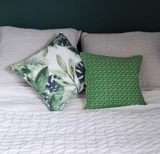 170718-MasterBedroom-Bedding&Cushions-V2