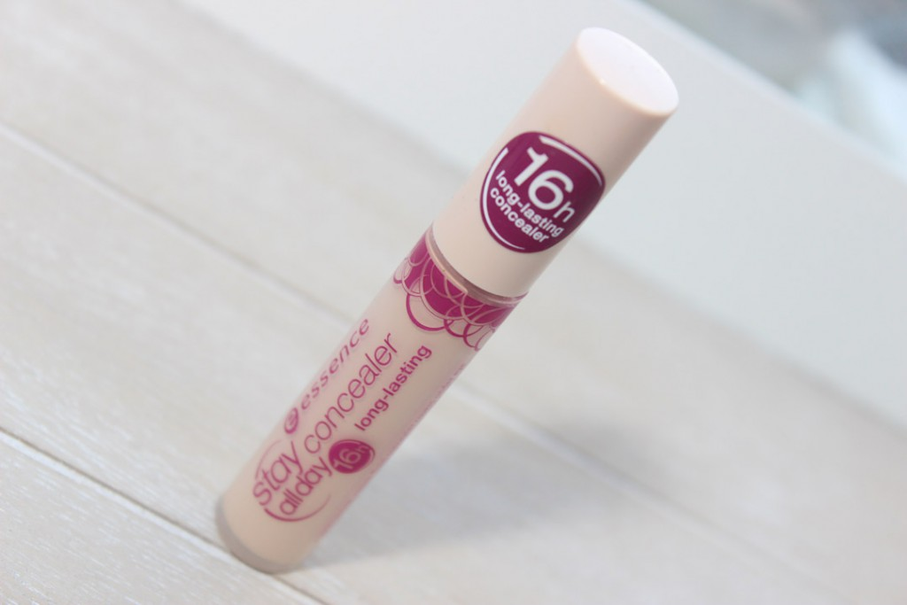 essence stay all day concealer in 10 natural beige