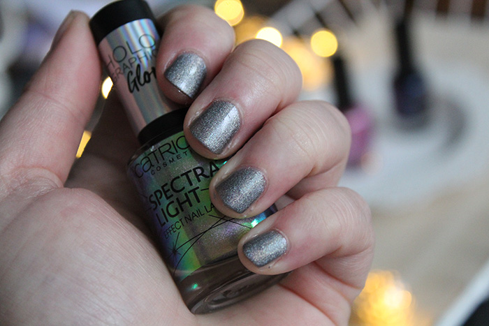 catrice spectra light holo enchantment