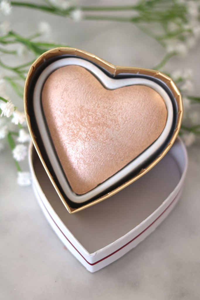 goddess of love triple baked highlighter