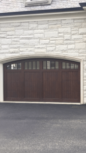 Garage doors, Milwaukee, Hampshire, Oak Creek, Greenfield, Garagedoor installation.