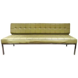 Buttonl Tufted Sofa by Florence Knoll