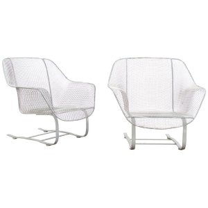 Woodard Sculptura Cantilever Base Lounge Chairs
