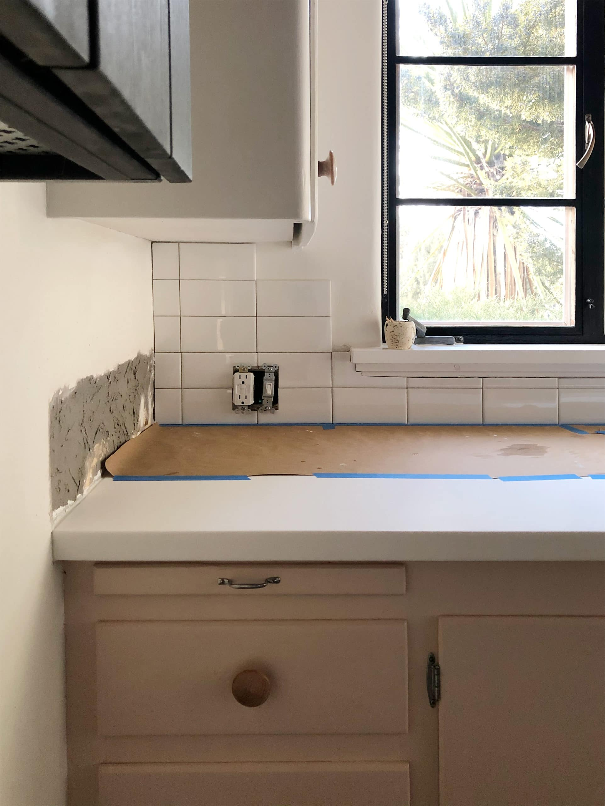installing a stacked bond subway tile