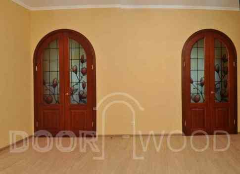 арочные двери вид со стороны прихожей