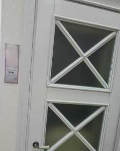 опыт заказчика с салоном дверей и почему он заказал двери из ясеня с патиной в doorwood_1
