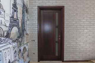 Вид на дверь со стороный комнаты изнутри короба дверь открывается наружу
