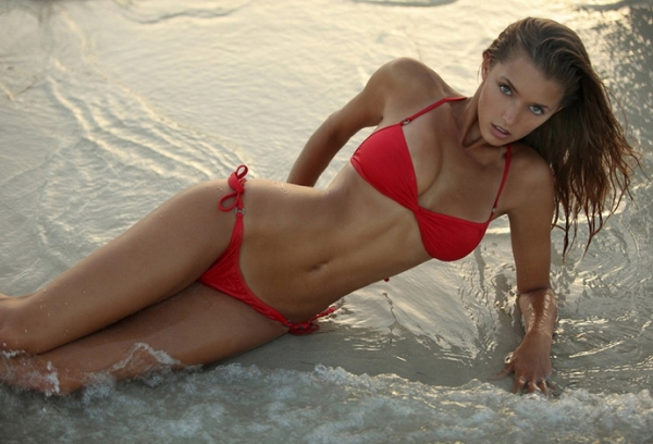Tianna Gregory Hd Wallpaper Dime Of The Day Alyssa Arcedopamine36 The Life And