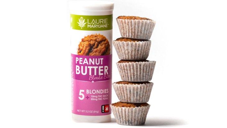 Peanut Butter Blondie Bites by Laurie + MaryJane
