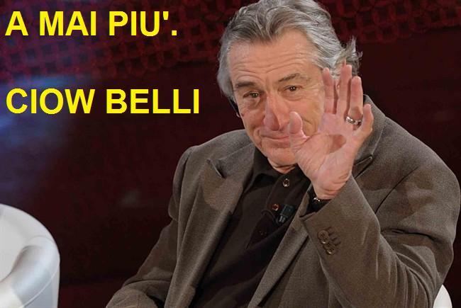 Rober De Niro a Sanremo che saluta