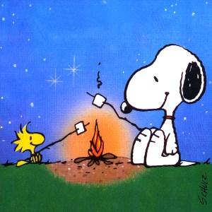 Snoopy che abbrustolisce i Marshmallow anche noti come Toffolette