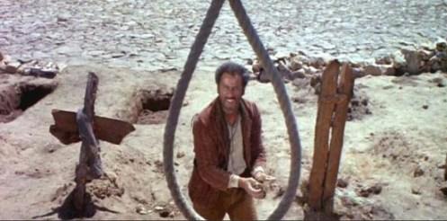 Scena di Il buono, il brutto e il cattivo. Eli Wallach guarda il cappio che lo aspetta