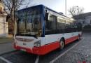 Nový Iveco Urbanway vypraven na linku, dopravce ČSAD Střední Čechy pořídil čtyři tyto vozy