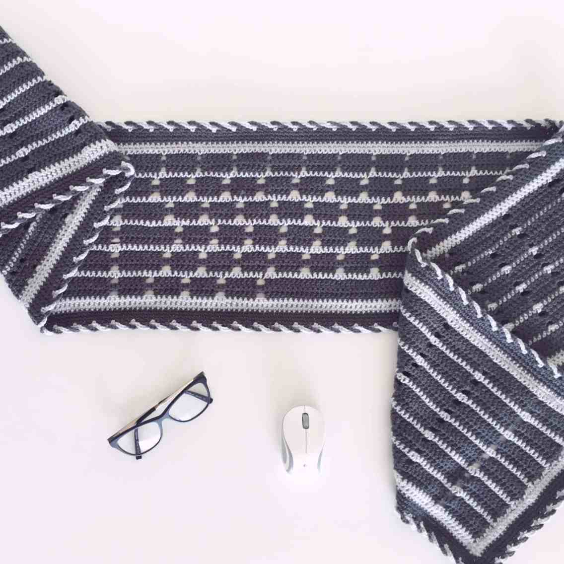crochet qwerty wrap scarf keyboard pattern