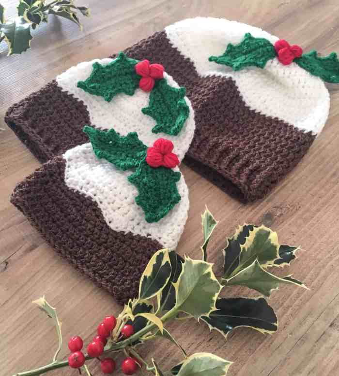 Doras Crochet Christmas Pudding Beanie Hat With Holly Berries