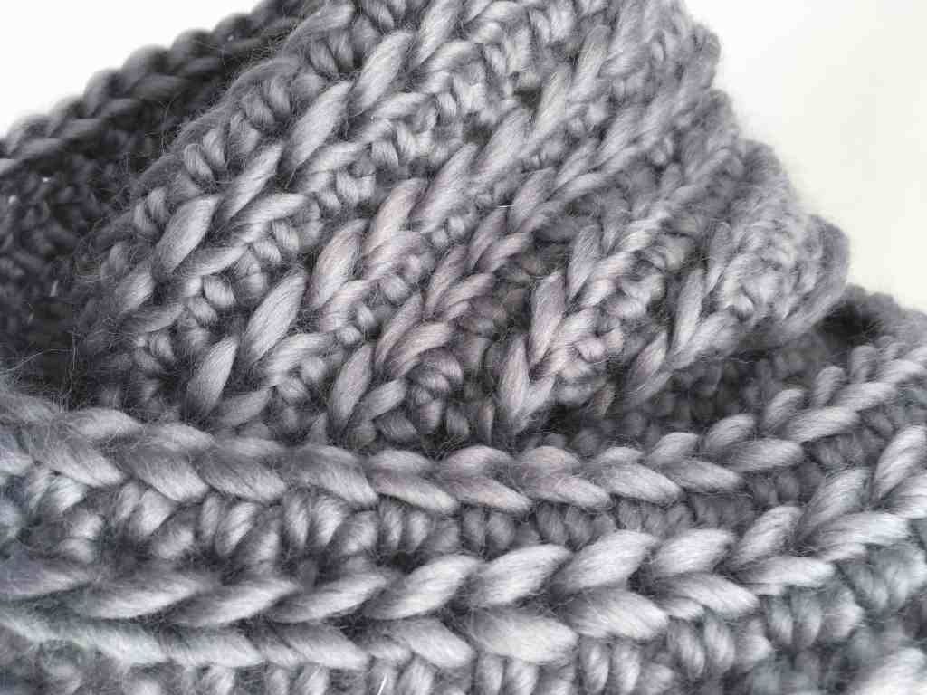 Grey crochet ribbed infinity scarf big stitches merino yarn chunky