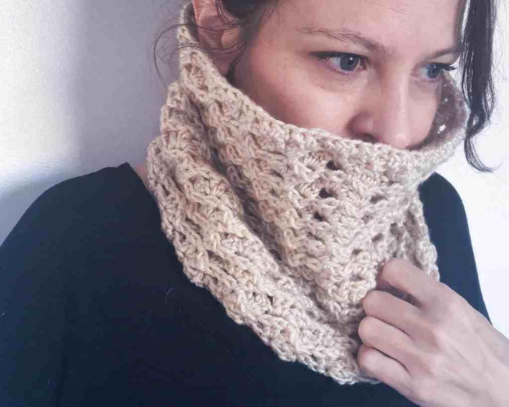 crochet cowl 3d texture natural colour cosy