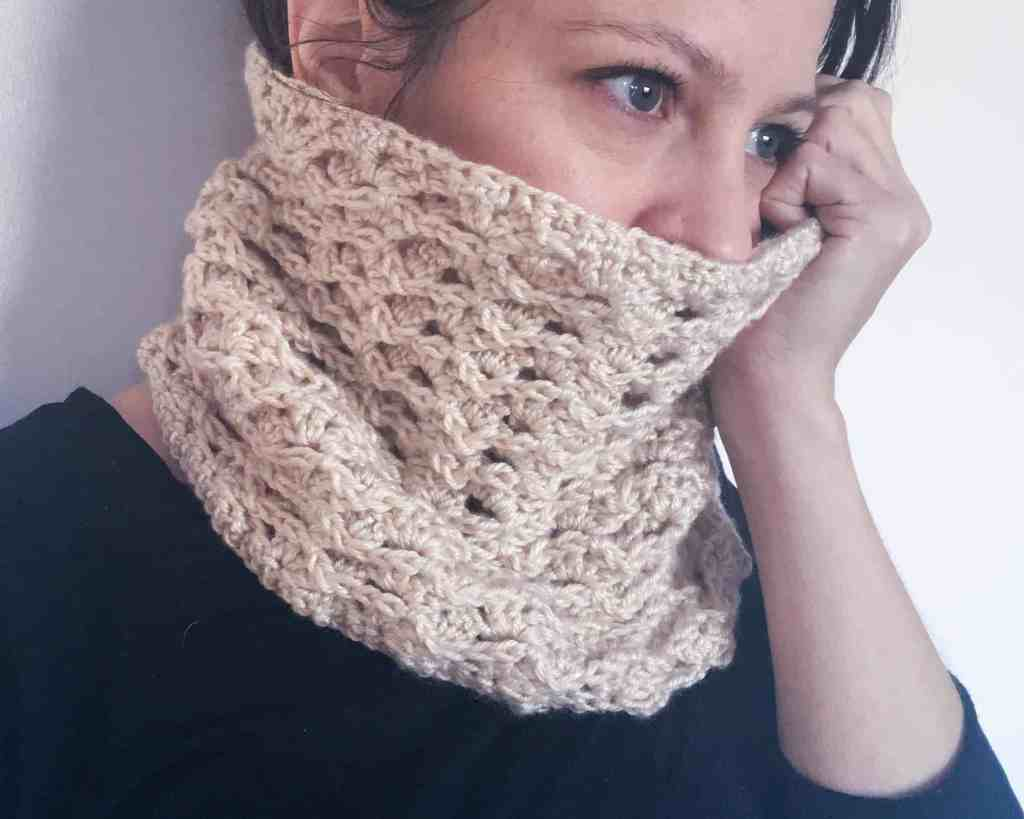crochet neck cowl textured free pattern chunky lion brand