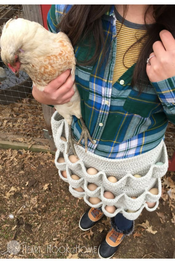 crochet apron for collecting chicken's eggs