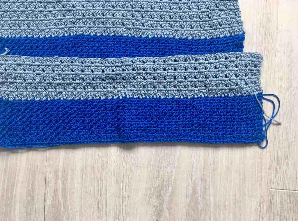Crochet block stitch and moss stitching blues