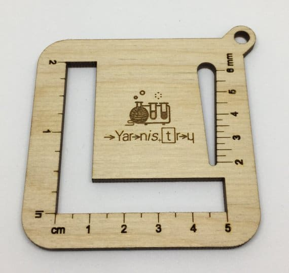 wooden yarnistry gauge measure