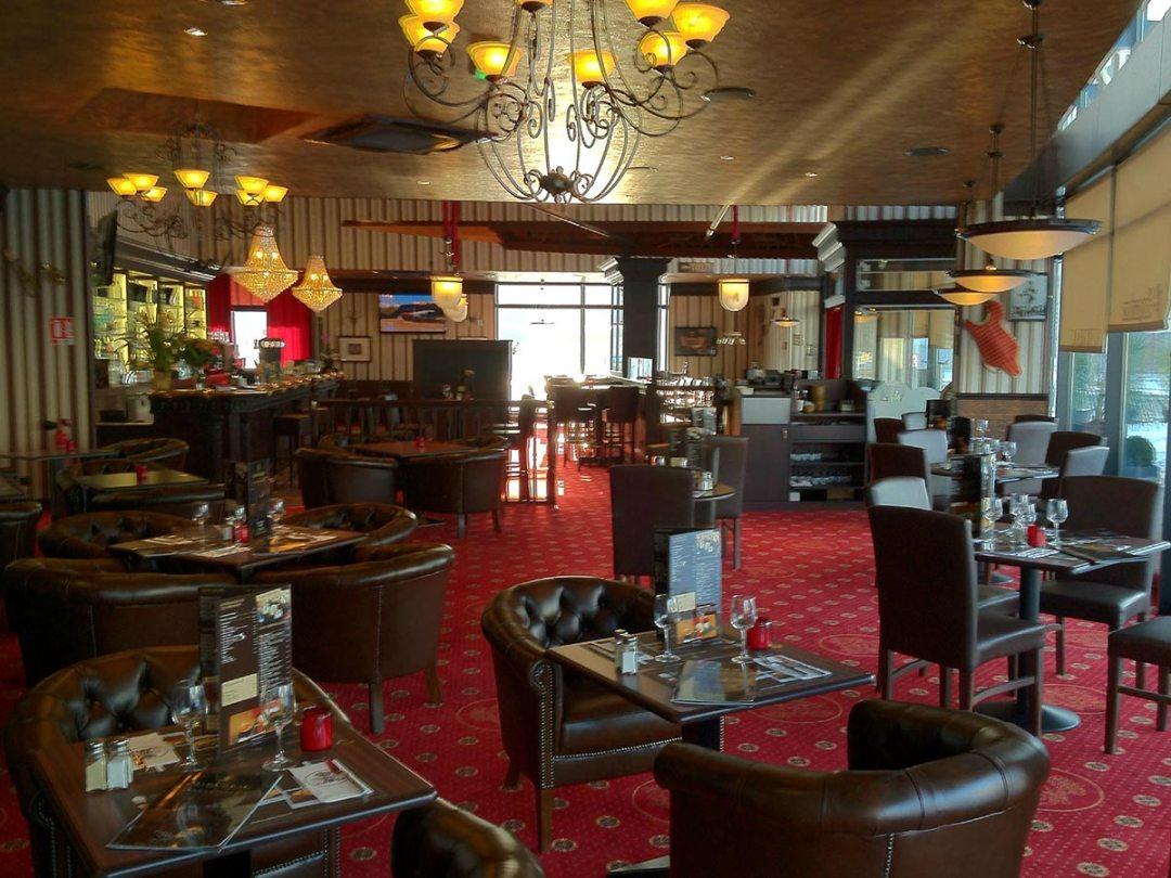 au bureau p rigueux boulazac restaurant bar brasserie dordogne ici et l. Black Bedroom Furniture Sets. Home Design Ideas