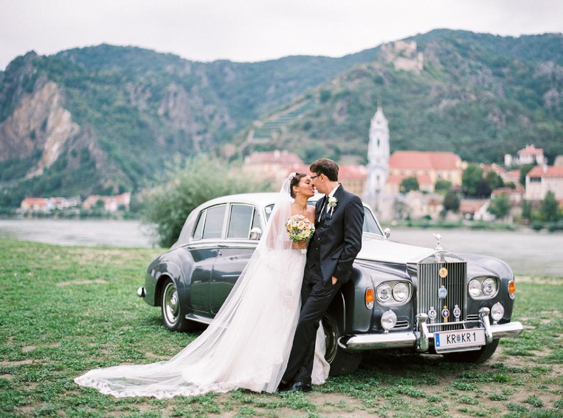 Eine Hochzeit wie fr eine Prinzessin und ihren Prinzen  Lebendige und frhliche Hochzeitsfotos in Wien Niedersterreich sterreich