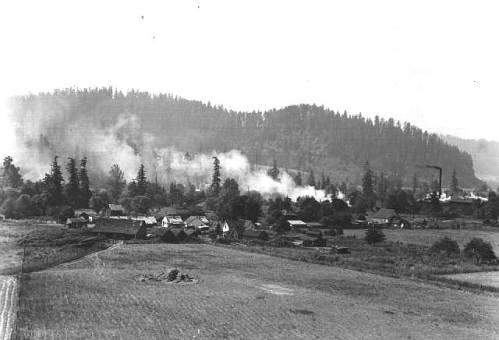 Dorena, 1942