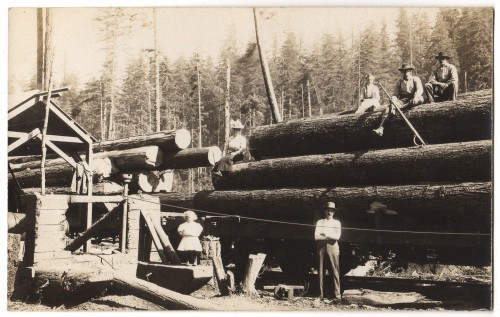 row river lumber family photo