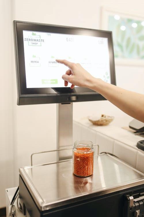Dilema: pos sistemos parduotuvėms – kaip užtikrinti saugumą?