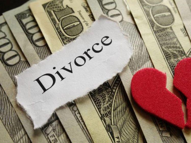 Greitos skyrybos internetu – šiuolaikiškas santuokos nutraukimo būdas