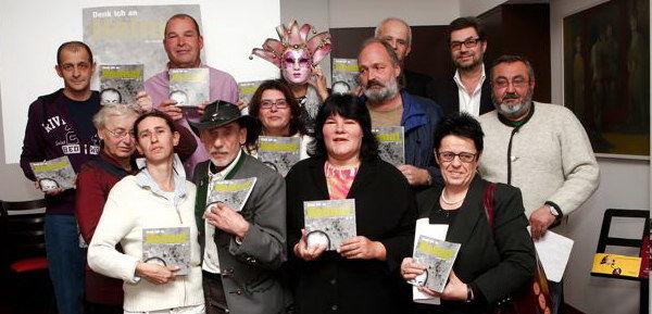 """Prasentation des Apropos-Lesebuch und des Apropos-Horbuch ,,Denk ich an Heimat"""" in der Academy Agency Bar Foto: Neumayr/MMV"""