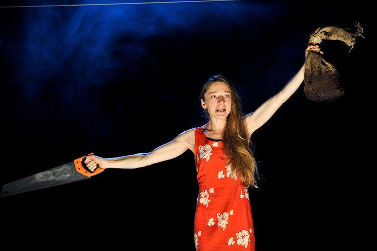 Die vier Himmelsrichtungen 2011: Kathleen Morgeneyer (Eine junge Frau)  © Arno Declair