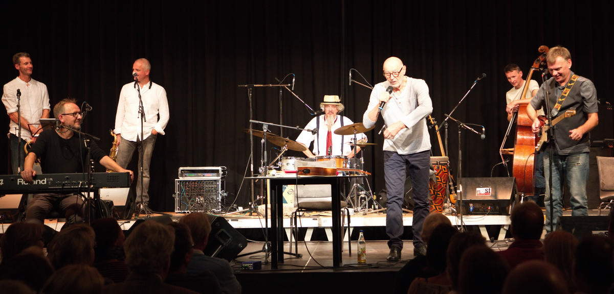 Willi Resetarits und der Stubnblues in Hallwang