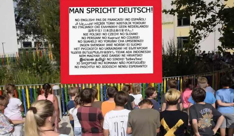 fuessel man spricht deutsch