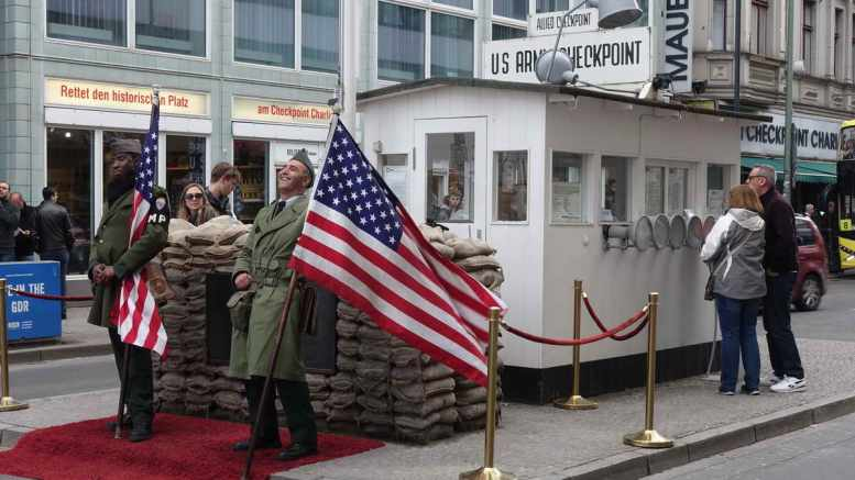 Berlin, Checkpoint Charlie