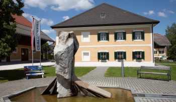 Dorfbrunnen Seeham
