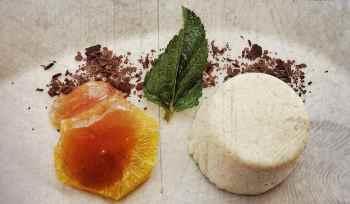 Orangenfilets mit Käse