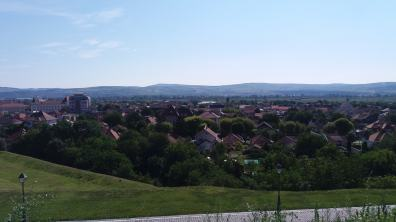 Panorama orașului de la un punct de belvedere