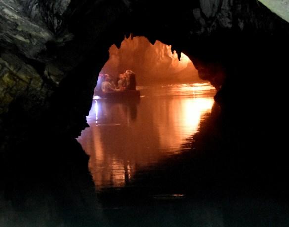 Penn's Cave (6)