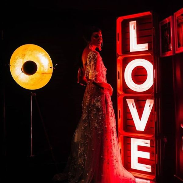 love lights with bride