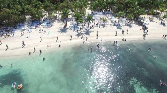 Roatan, Honduras – Mainland on the edge of the Caribbean