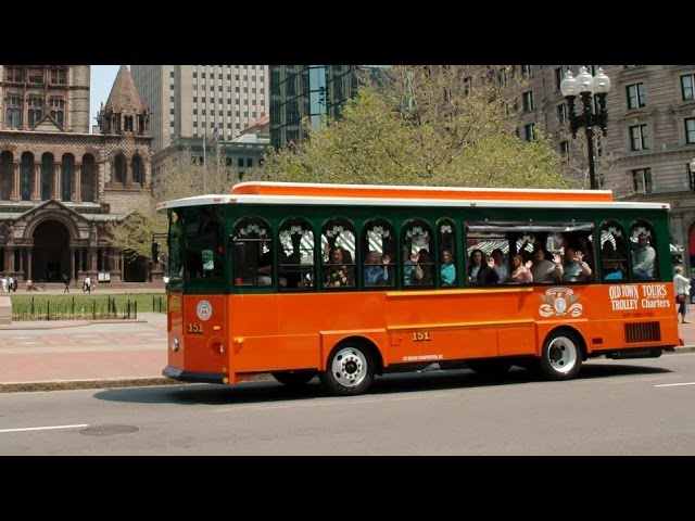 BOSTON – Old Town Trolley – hop on hop off buses