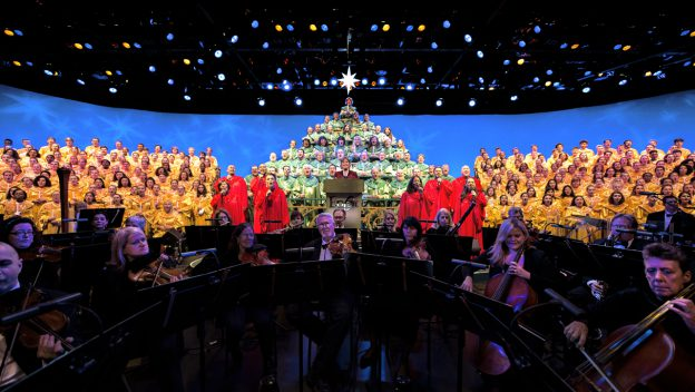 will the candlelight processional return to disneyland this year?